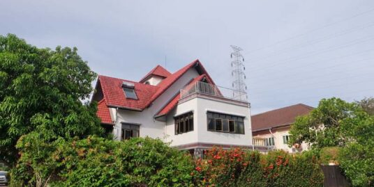 3 Story 5BD Single Family Home for Rent in Kathu – Phuket